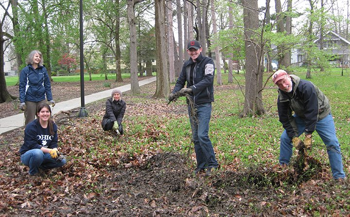 BW faculty and students remove invasive winter creeper from a wooded area of the Fullmer Arboretum