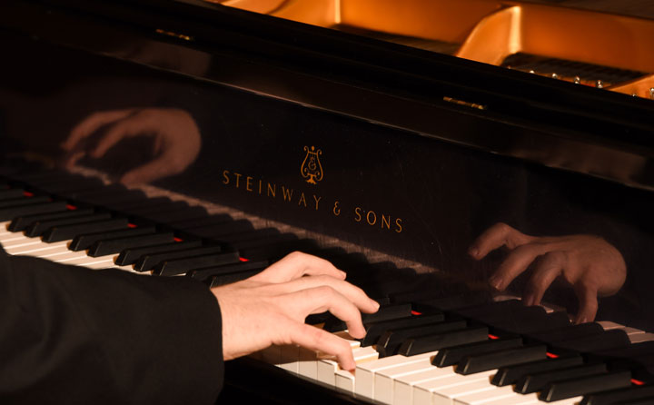 photo of Steinway piano