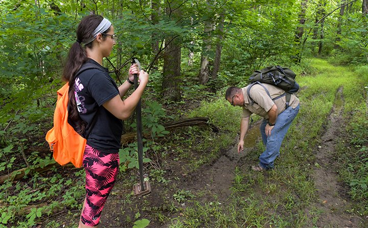 Field studies are popular and integrate textbook learning with real-world investigation. BW's proximity to the Cleveland Metroparks offers outstanding access to diverse learning opportunities.