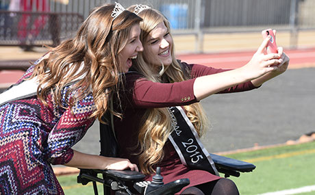 Sarah Bellish snaps a selfie with Brianna Razzante at BW Homecoming